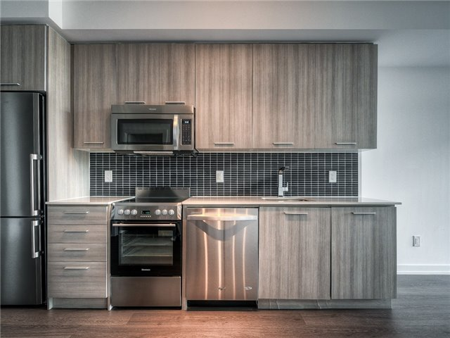 Photo 4: 105 George St Unit #606 in Toronto: Moss Park Condo for sale (Toronto C08)  : MLS(r) # C3695563