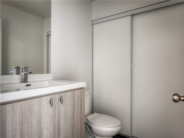 Photo 11: 105 George St Unit #606 in Toronto: Moss Park Condo for sale (Toronto C08)  : MLS(r) # C3695563