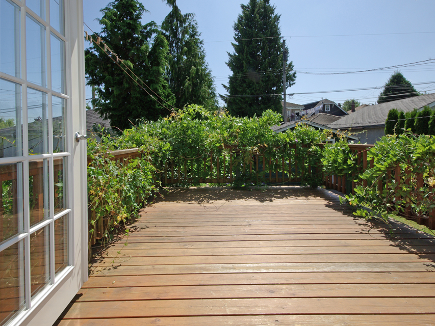 Photo 13: 3078 GRANT ST in Vancouver: Renfrew VE House for sale (Vancouver East)  : MLS(r) # V1019044