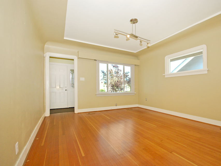 Photo 5: 3078 GRANT ST in Vancouver: Renfrew VE House for sale (Vancouver East)  : MLS(r) # V1019044