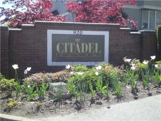 "Main Photo: 5 920 CITADEL Drive in Port Coquitlam: Citadel PQ Townhouse for sale in ""CITADEL GREEN"" : MLS® # V1021282"