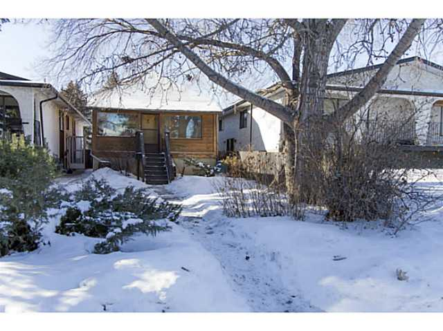 Main Photo: 2521 16A ST NW in CALGARY: Capitol Hill House for sale (Calgary)  : MLS® # C3599604