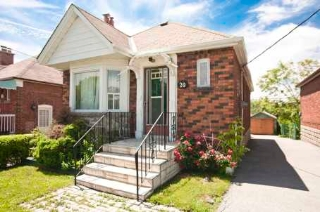 Main Photo: Residential Sold | Toronto, Ontario | $334,900 | Tony Fabiano