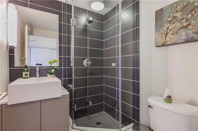 Photo 4: 5 Hanna Ave Unit #445 in Toronto: Niagara Condo for sale (Toronto C01)  : MLS(r) # C3551113