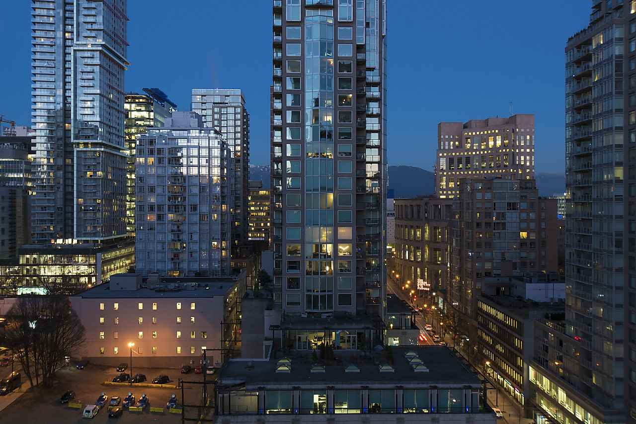 Photo 19: 2002 939 HOMER STREET in Vancouver: Yaletown Condo for sale (Vancouver West)  : MLS® # R2133946