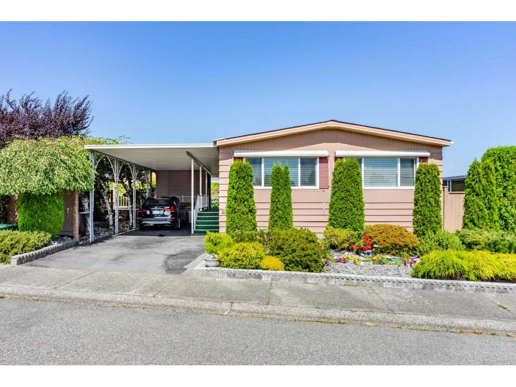 FEATURED LISTING: 15851 NORFOLK Road Surrey