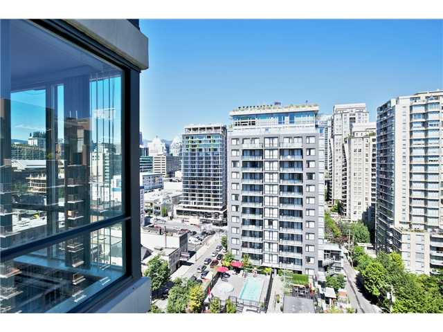 "Photo 15: 1805 1082 SEYMOUR Street in Vancouver: Downtown VW Condo for sale in ""FREESIA"" (Vancouver West)  : MLS(r) # V1075542"