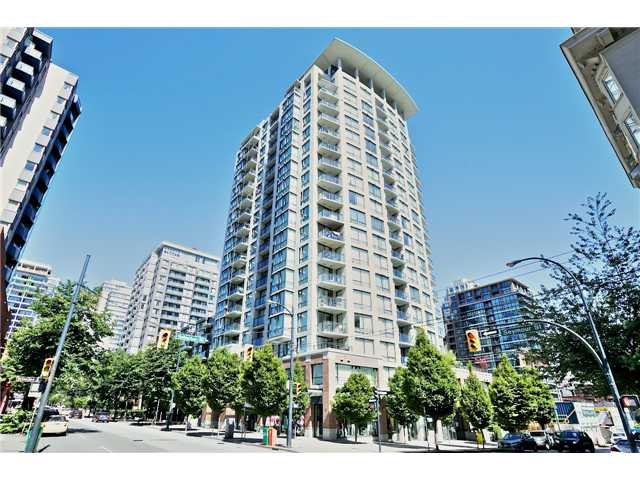 "Main Photo: 1805 1082 SEYMOUR Street in Vancouver: Downtown VW Condo for sale in ""FREESIA"" (Vancouver West)  : MLS® # V1075542"