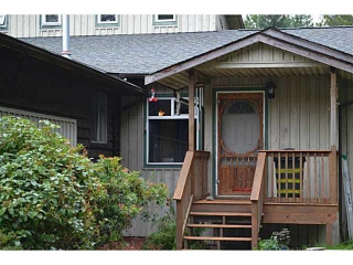 "Main Photo: 491 PRATT Road in Gibsons: Gibsons & Area House for sale in ""CENTRAL GIBSONS"" (Sunshine Coast)  : MLS®# V1082437"