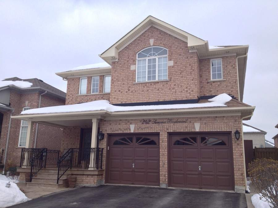 Main Photo: Residential Sold | 242 Sonoma Blvd, Vaughan, Ontario | $700,000 | Tony Fabiano