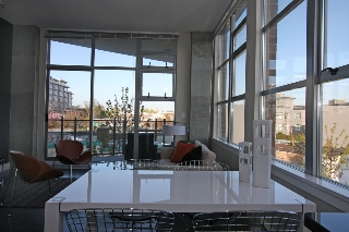 Main Photo: 313 2635 Prince Edward Street in Vancouver: Mount Pleasant VE Condo for sale (Vancouver East)  : MLS®# V822236