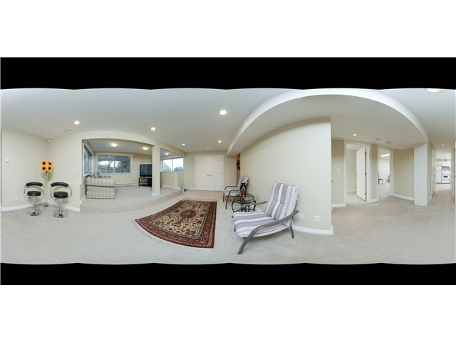 Main Photo: 855 MONTROYAL BV in North Vancouver: Canyon Heights NV House for sale : MLS®# V1100846