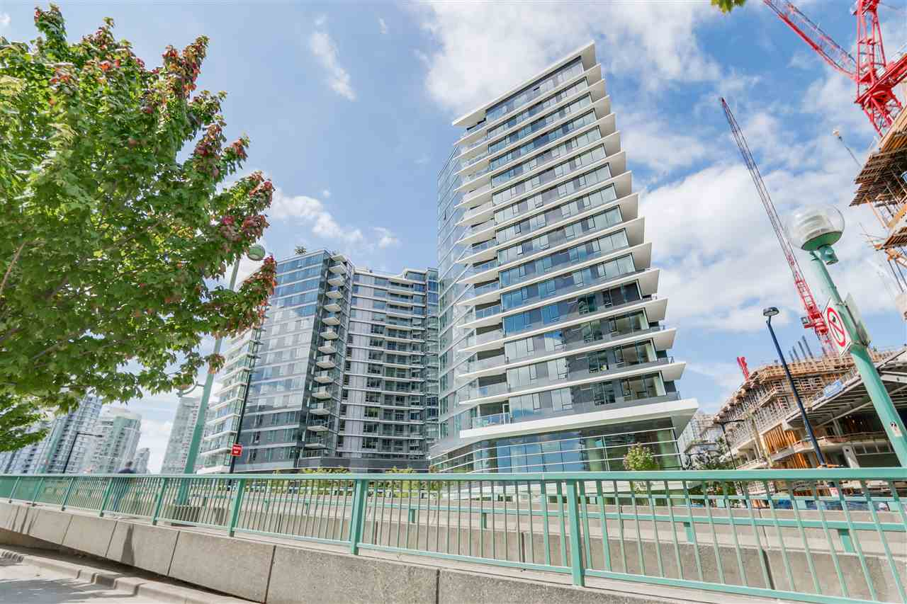 Main Photo: 1656 38 SMITHE STREET in Vancouver: Yaletown Condo for sale (Vancouver West)  : MLS® # R2095072