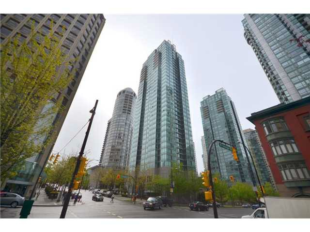 Main Photo: 1208 1288 W Georgia Street in Vancouver: Coal Harbour Condo for sale (Vancouver West)  : MLS(r) # v1045835