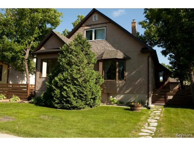 Main Photo: 20 Stranmillis Avenue in WINNIPEG: St Vital Residential for sale (South East Winnipeg)  : MLS® # 1416414