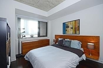 Photo 4: 400 Wellington St W Unit #707 in Toronto: Waterfront Communities C1 Condo for sale (Toronto C01)  : MLS(r) # C3058190