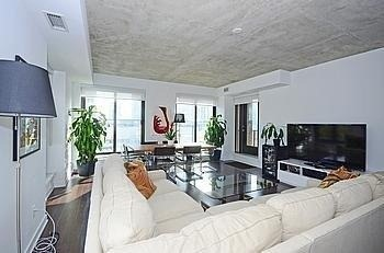 Photo 13: 400 Wellington St W Unit #707 in Toronto: Waterfront Communities C1 Condo for sale (Toronto C01)  : MLS(r) # C3058190