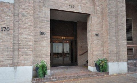 Photo 3: 180 Frederick St Unit #404 in Toronto: Moss Park Condo for sale (Toronto C08)  : MLS(r) # C3181317