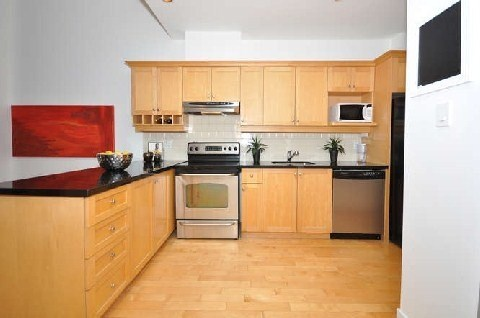 Photo 9: 180 Frederick St Unit #404 in Toronto: Moss Park Condo for sale (Toronto C08)  : MLS(r) # C3181317