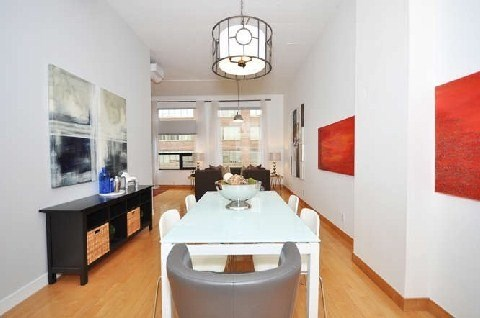 Photo 2: 180 Frederick St Unit #404 in Toronto: Moss Park Condo for sale (Toronto C08)  : MLS(r) # C3181317