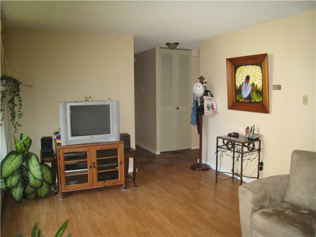 "Photo 8: 501 4105 IMPERIAL Street in Burnaby: Metrotown Condo for sale in ""SOHERSET HOUSE"" (Burnaby South)  : MLS(r) # V1018721"