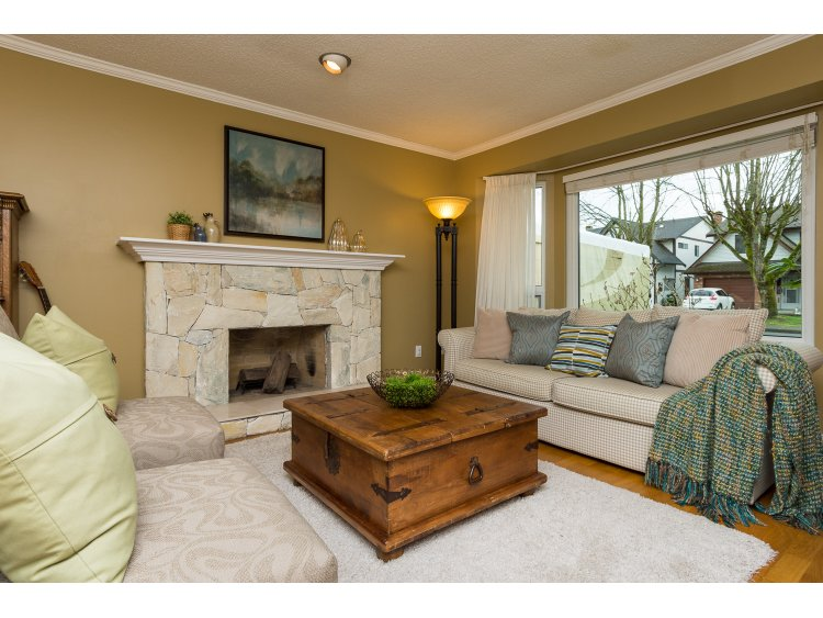 Main Photo: 10111 LAWSON DRIVE in Richmond: Steveston North House for sale : MLS®# R2042320