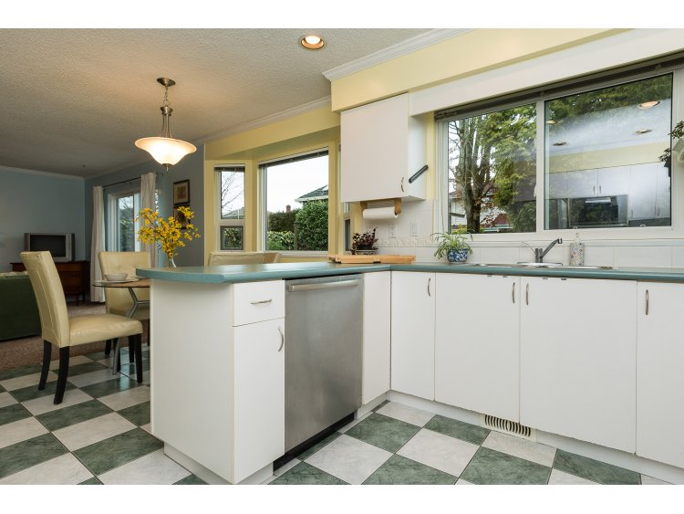 Photo 13: 10111 LAWSON DRIVE in Richmond: Steveston North House for sale : MLS(r) # R2042320