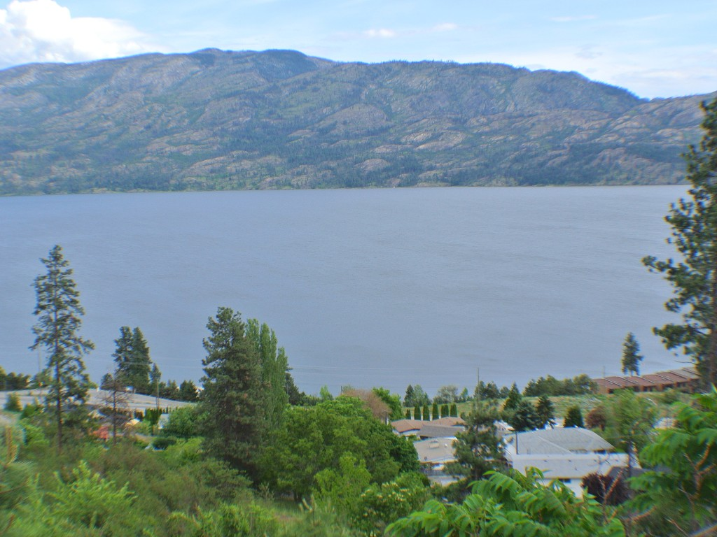 Main Photo: 5165 MacNeil Court: Peachland Vacant Land for sale (Central Okanagan)  : MLS® # 10111609