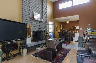 Main Photo: 304 1515 E 5TH AVENUE in Vancouver: Grandview VE Condo for sale (Vancouver East)  : MLS® # R2147147