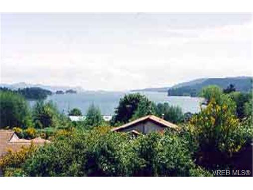 Main Photo: 13 133 Corbett Road in SALT SPRING ISLAND: GI Salt Spring Townhouse for sale (Gulf Islands)  : MLS(r) # 128670
