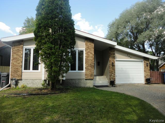 Main Photo: 143 Nutley Circle in WINNIPEG: St Vital Residential for sale (South East Winnipeg)  : MLS® # 1419708