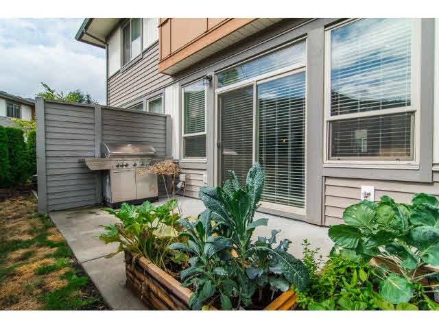 Photo 2: 66 34248 KING ROAD in Abbotsford: Poplar Townhouse for sale : MLS® # F1450595