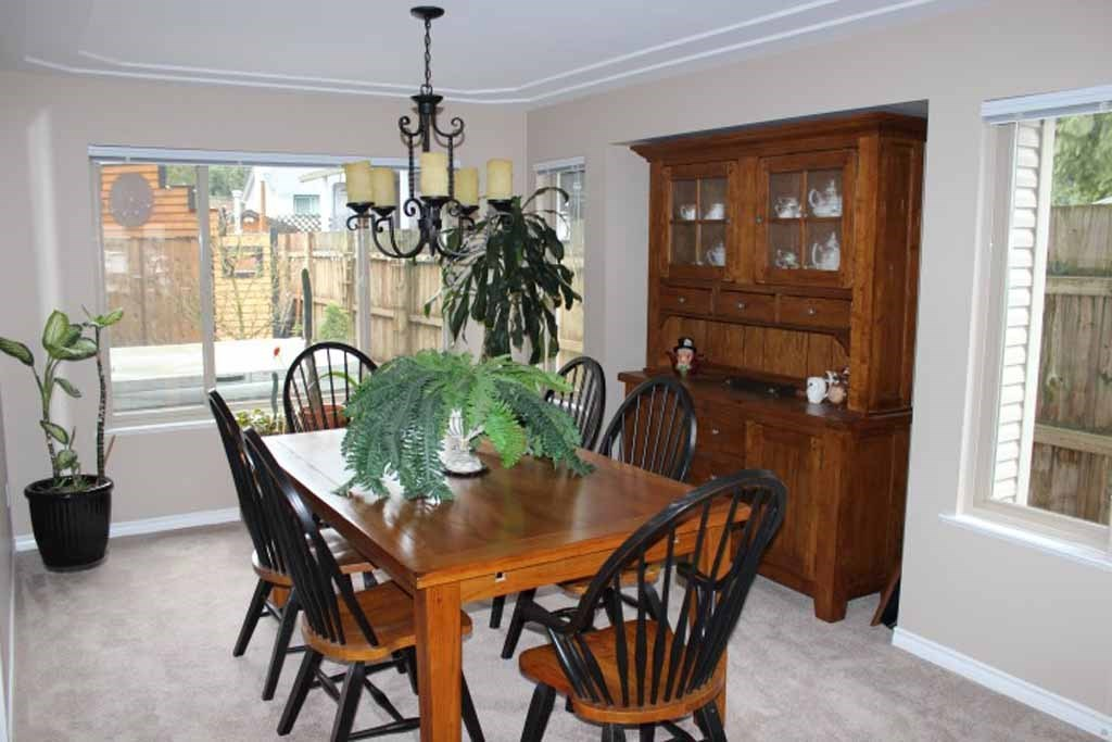Photo 8: 4188 207 STREET in Langley: Brookswood Langley House for sale : MLS(r) # R2052049