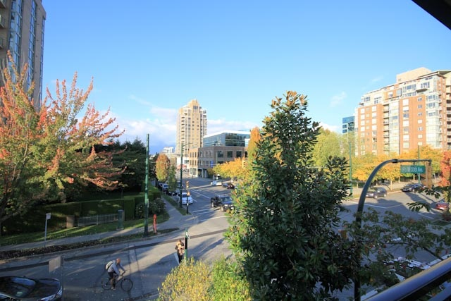 Photo 11: 6 1606 W 10TH AVENUE in Vancouver: Fairview VW Condo for sale (Vancouver West)  : MLS(r) # R2115492