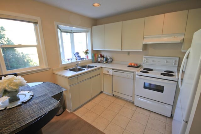 Photo 9: 6 1606 W 10TH AVENUE in Vancouver: Fairview VW Condo for sale (Vancouver West)  : MLS(r) # R2115492