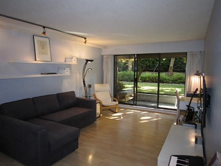 "Main Photo: # 107 2424 CYPRESS ST in Vancouver: Kitsilano Condo for sale in ""Cypress Garden"" (Vancouver West)  : MLS(r) # V1009052"