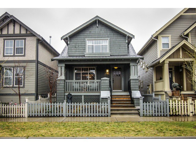 Main Photo: 9451 Kanaka Street in : Fort Langley House for sale (Langley)  : MLS®# f1400362