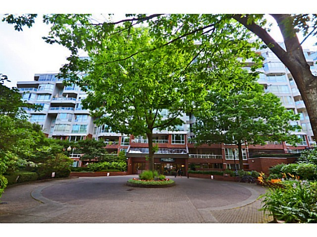 Main Photo: # 301 518 MOBERLY RD in Vancouver: False Creek Condo for sale (Vancouver West)  : MLS®# V1057779