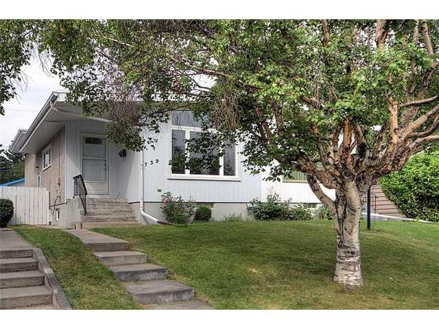 Main Photo: 739 45 Street SW in CALGARY: Westgate Residential Attached for sale (Calgary)  : MLS®# C3632152