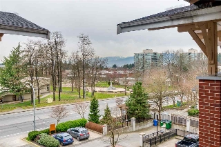 Main Photo: 414 11950 HARRIS ROAD in Pitt Meadows: Central Meadows Condo for sale : MLS®# R2040188