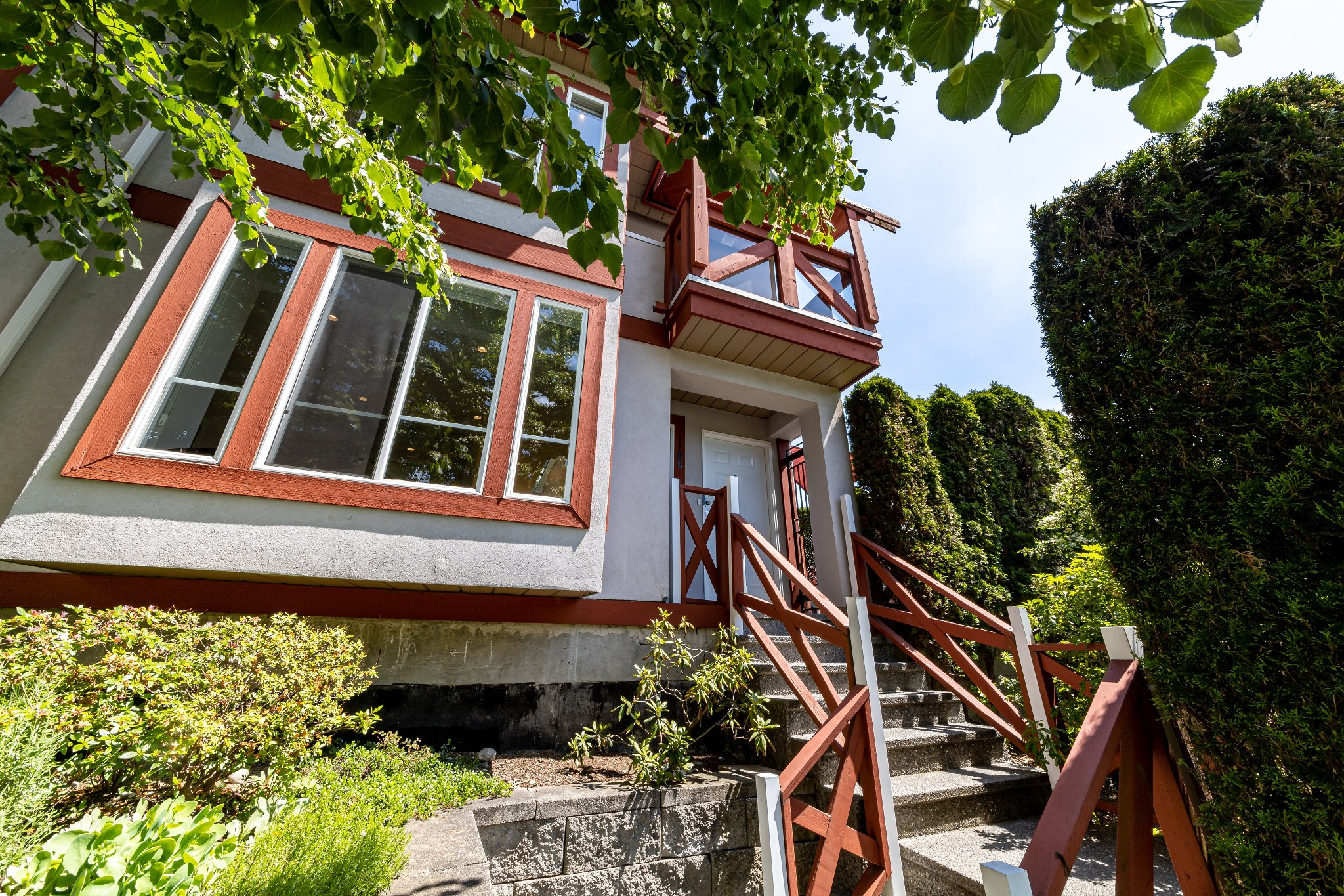FEATURED LISTING: 1106 ST. GEORGES Avenue North Vancouver