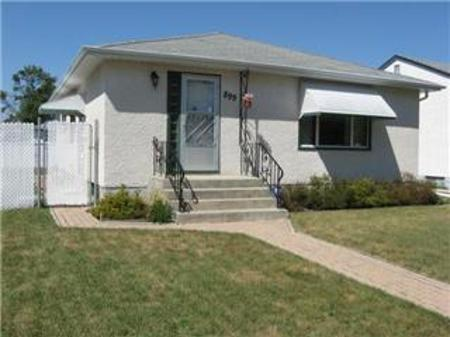 Main Photo: 899 Polson Avenue: Residential for sale (North End)