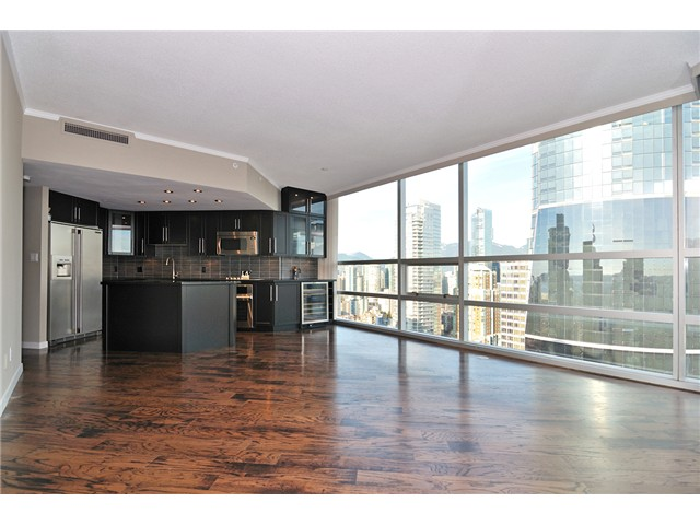 "Main Photo: 2806 1050 BURRARD Street in Vancouver: Downtown VW Condo for sale in ""WALL CENTRE"" (Vancouver West)  : MLS®# V966215"