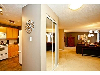 Main Photo: 223 550 WESTWOOD Drive SW in CALGARY: Westgate Condo for sale (Calgary)  : MLS(r) # C3563241