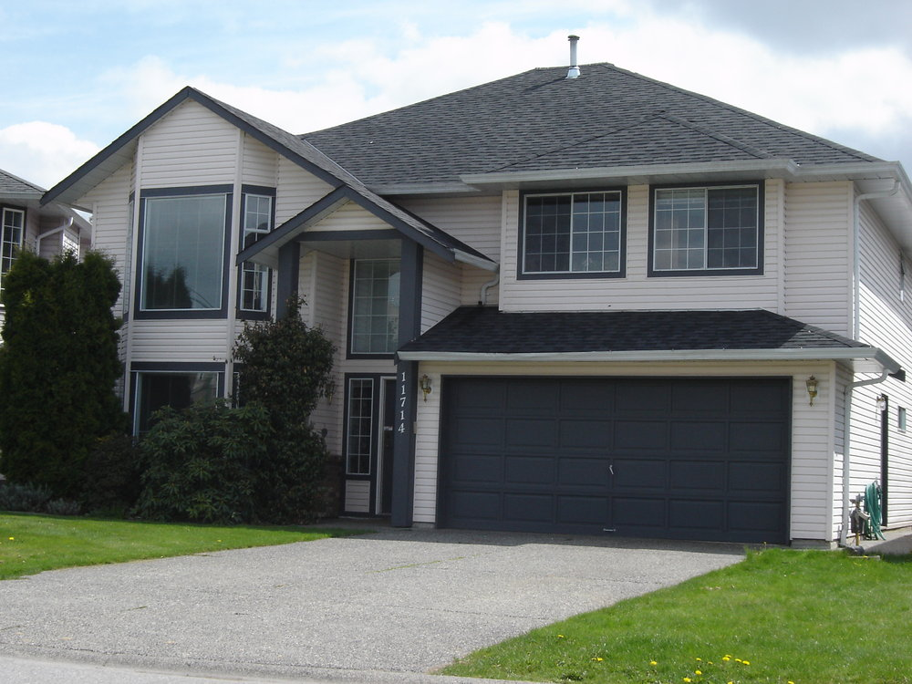 Main Photo: 11714 GLENHURST Street in Maple Ridge: Cottonwood MR Home for sale ()  : MLS®# V734350