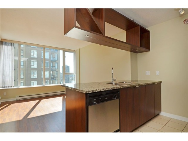 Photo 5: # 1806 1010 RICHARDS ST in Vancouver: Yaletown Condo for sale (Vancouver West)  : MLS(r) # V1086266