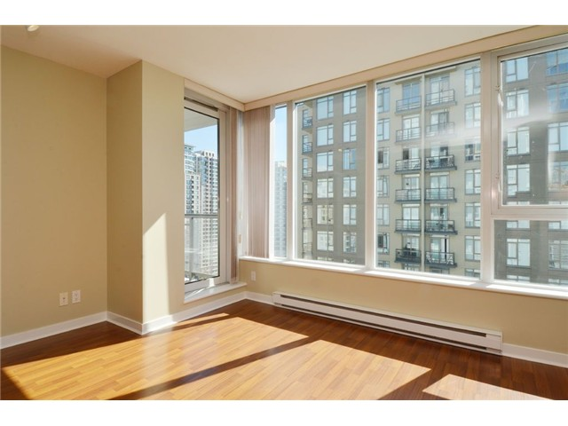 Photo 2: # 1806 1010 RICHARDS ST in Vancouver: Yaletown Condo for sale (Vancouver West)  : MLS(r) # V1086266