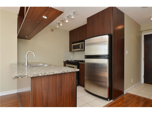 Photo 8: # 1806 1010 RICHARDS ST in Vancouver: Yaletown Condo for sale (Vancouver West)  : MLS(r) # V1086266