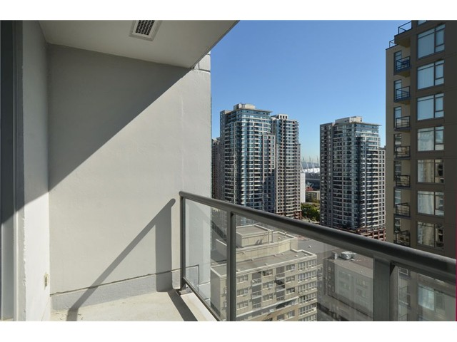 Photo 6: # 1806 1010 RICHARDS ST in Vancouver: Yaletown Condo for sale (Vancouver West)  : MLS(r) # V1086266