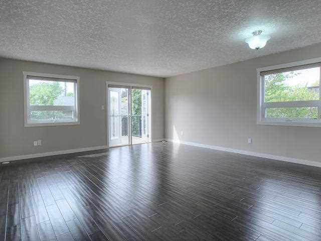 Photo 2:  in : Zone 05 Townhouse for sale (Edmonton)  : MLS(r) # E3426462